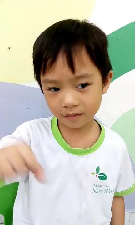 Mới 5 tuổi, con trai Lý Hải gây bất ngờ về khả năng làm toán tính nhẩm cực siêu