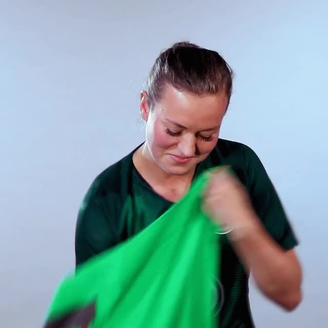 Watch and share 19 Pullover GIFs by VfL Wolfsburg on Gfycat