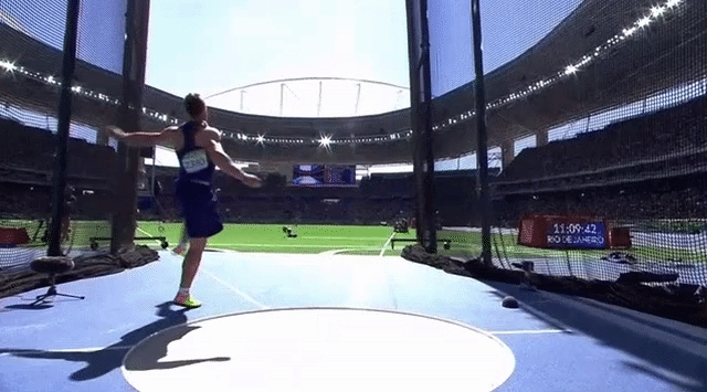 Discus throwers in reverse GIFs