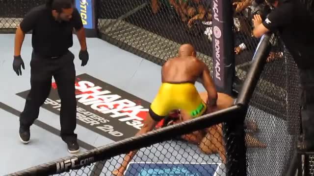 Watch Anderson Silva GIF on Gfycat. Discover more Milton Cunha, RIO, Sports, UFC GIFs on Gfycat