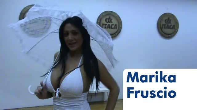 Watch and share Marika Fruscio Saluto Per Itaca Tv-v5okLIz3SLA GIFs on Gfycat
