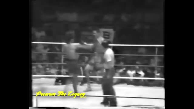 Watch and share Boxing GIFs by csardonic1 on Gfycat