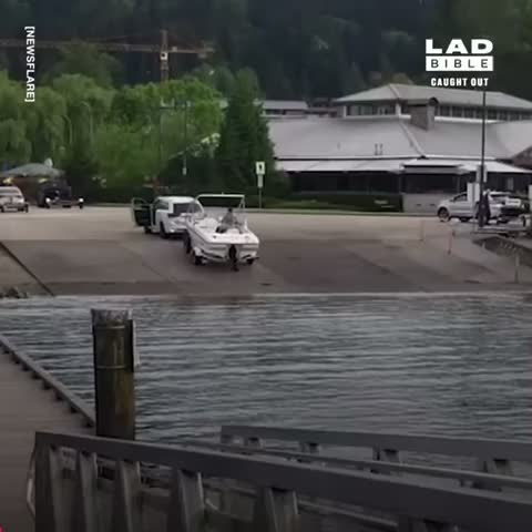 Watch and share Boat Launch GIFs by brenbob on Gfycat