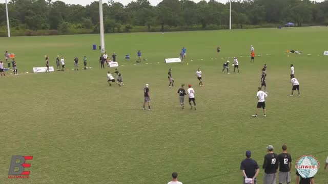 Watch BE Block of the Week: Doublewide's Jeff Loskorn GIF on Gfycat. Discover more frisbee, ultimate GIFs on Gfycat