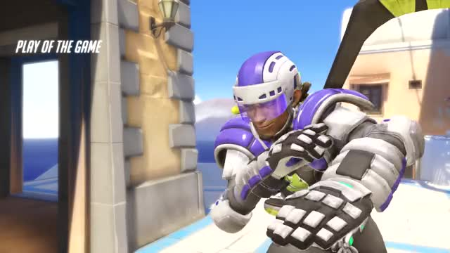 Watch and share Lucio_17-09-14_16-45-59 GIFs on Gfycat