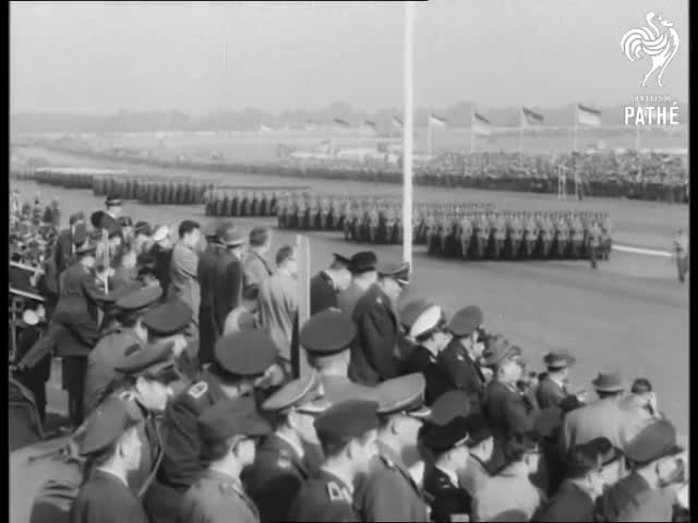1776.24, 63/084, Fighters, Hassel, Jets, Schroeder, aeroplanes, guns, helicopters, tanks, Adenauer's Farewell (1963) GIFs