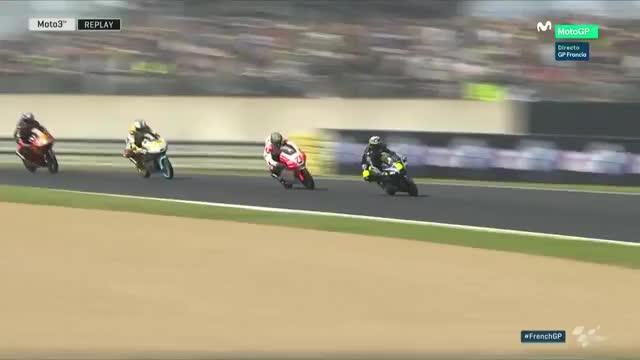 Watch Caida multitudinaria en el GP de Francia de Moto3 GIF on Gfycat. Discover more caida, curiosity, nononono GIFs on Gfycat