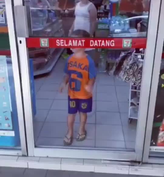 Watch and share Boy Falls Through Door With No Glass GIFs by vileoss on Gfycat