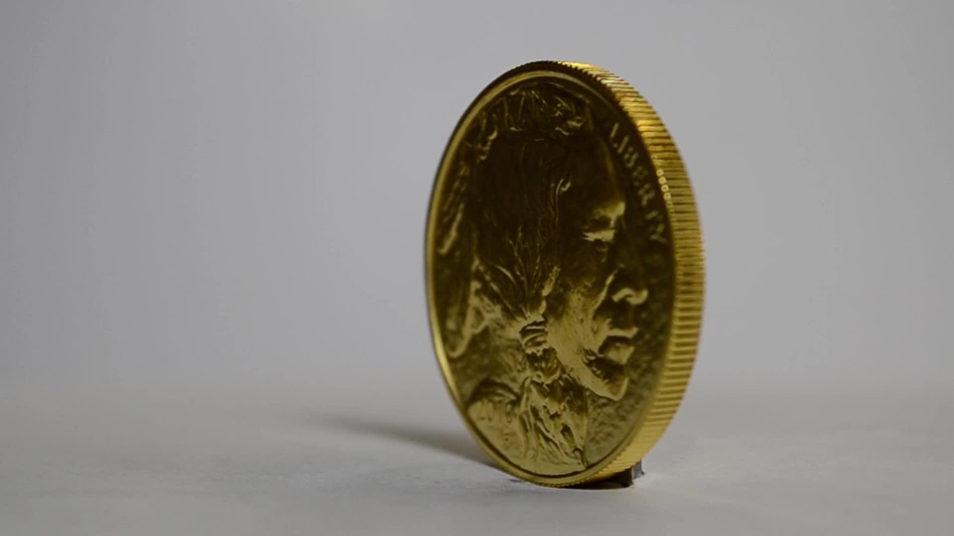 шедших гифка с монетой поведение облеклось