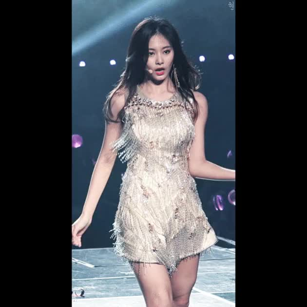 Watch Tzuyu GIF by Nelson Yeo (@thegreatjedi) on Gfycat. Discover more related GIFs on Gfycat