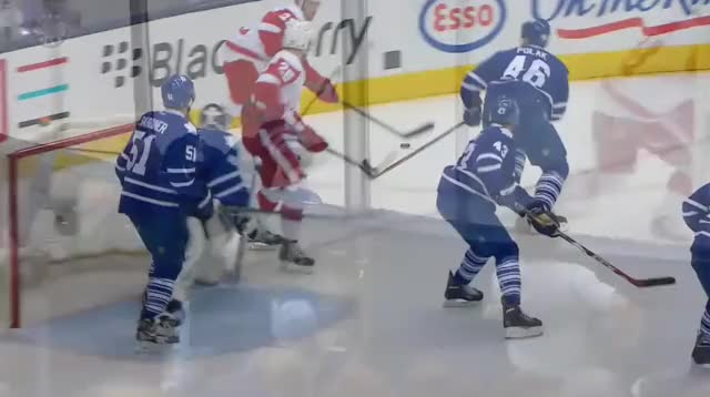 Watch this GIF by @lor-zod on Gfycat. Discover more leafs GIFs on Gfycat