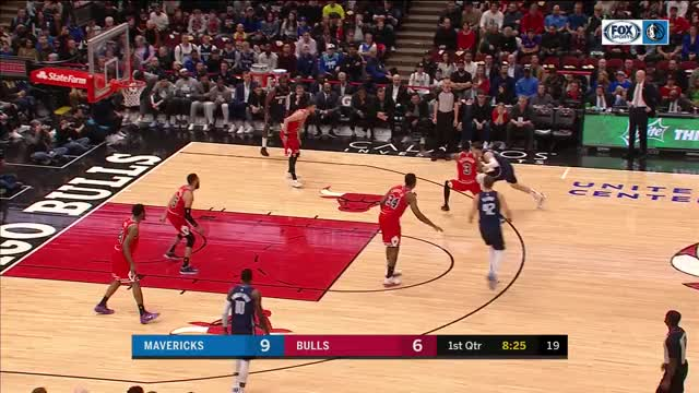 Watch and share Luka Crossover Passes MAVSBULLS 1 GIFs by dirk41 on Gfycat