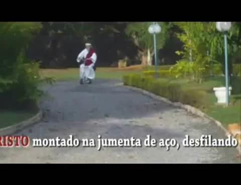 Watch and share Inri Cristo Andando De Moto - Ameno GIFs on Gfycat