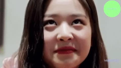 iz*one, izone, jang wonyoung, wonyo, wonyoung, WonyoungMeme GIFs