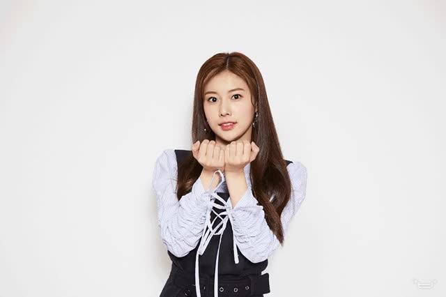 Watch and share Hyewon GIFs by TimShin on Gfycat