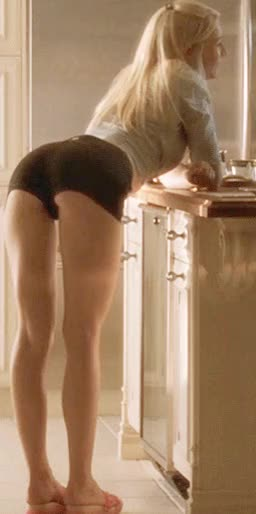 Watch and share Gwyneth Paltrow GIFs by Celebrity Ass Gifs on Gfycat