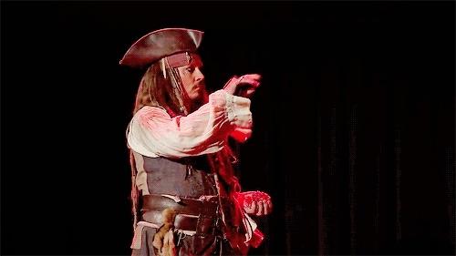 Captain Jack Sparrow, Johnny Depp, captain jack sparrow, d23, dead men tell no tales, disney, he's cute smile!!!, johnny depp, my gifs, pirates of the caribbean, a Johnny Depp a GIFs