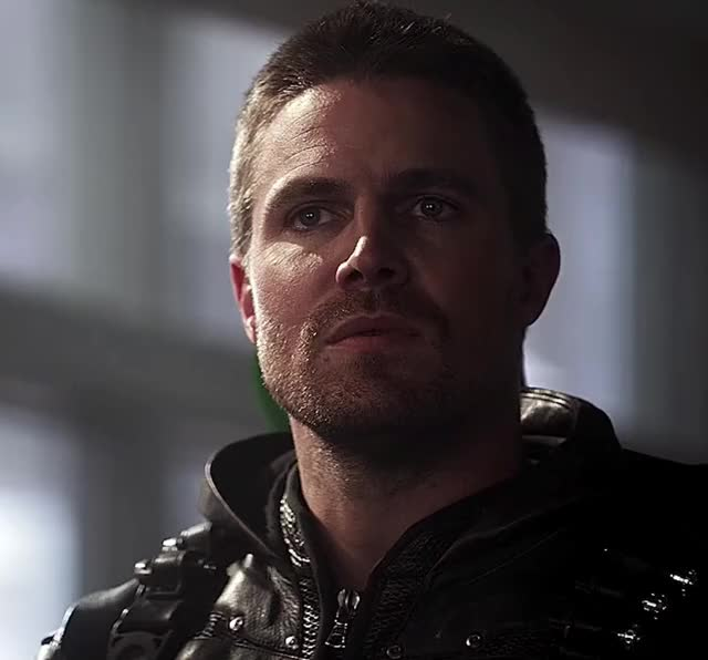 Watch this trending GIF on Gfycat. Discover more arrow, celebs, confused, crossover, cw, funny, season 3, season 5, stephen amell, the flash GIFs on Gfycat