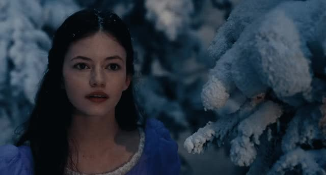 Watch and share Mackenzie Foy GIFs and Nutcracker GIFs by Reactions on Gfycat