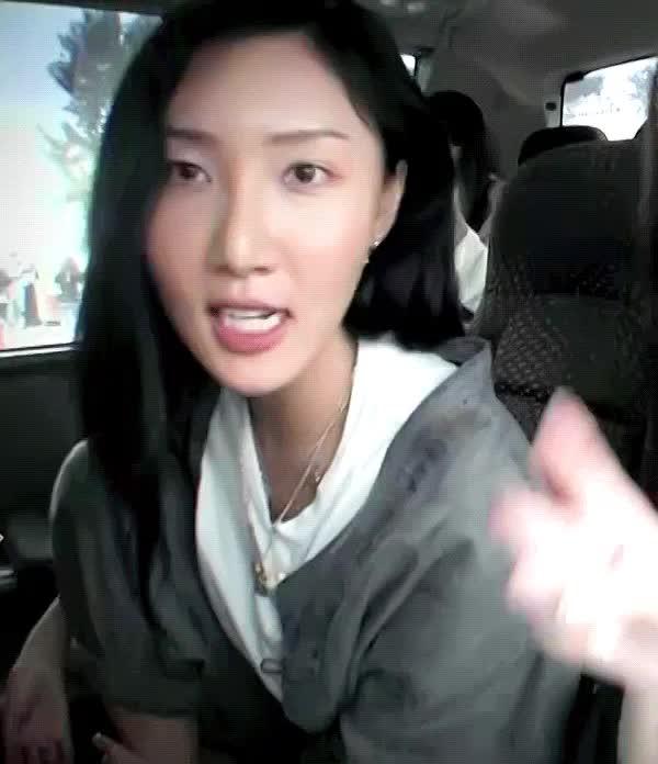 Watch and share 졸개 - Https://t.co/Lsga4Sy4oc GIFs on Gfycat