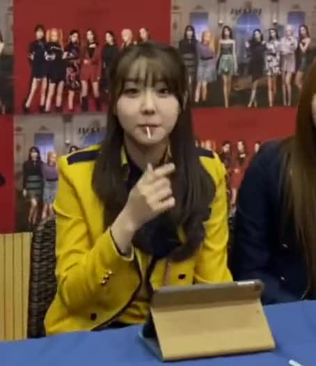 Watch and share Elris GIFs and Karin GIFs by Just Dancing on Gfycat