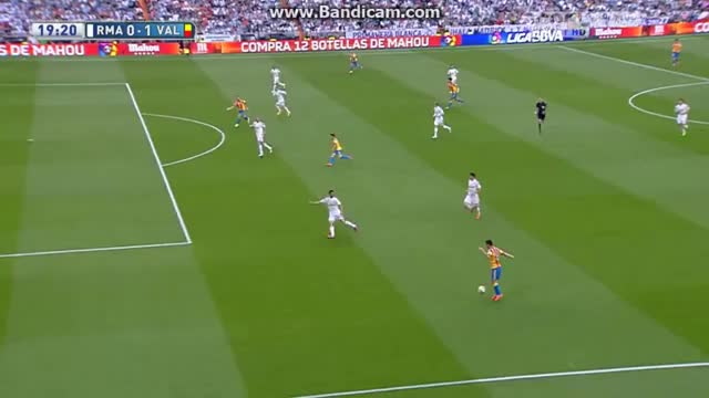 Watch and share Soccergifs GIFs and Soccer GIFs by jarik42 on Gfycat