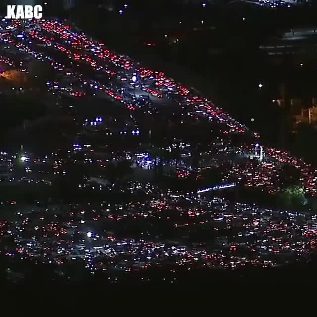 Watch and share Traffic GIFs by rockafellerskank on Gfycat
