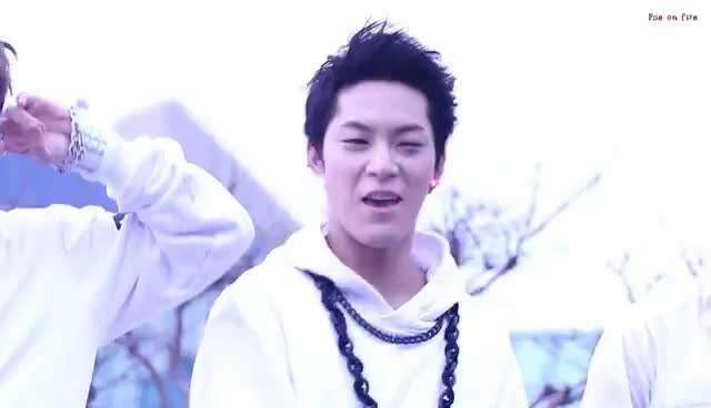 alphabat, f:ie, heart GIFs