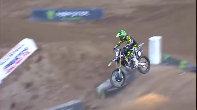 Watch and share Ama Supercross GIFs and Dirt Bike GIFs by Pawy on Gfycat