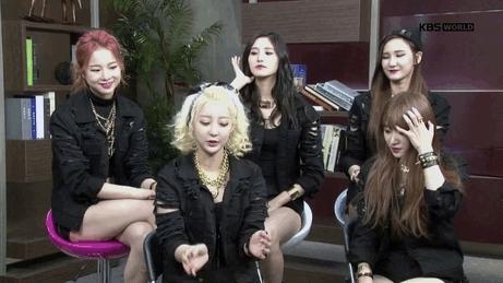 EXID, KBSWorld, Solji & LE look like proud parents in the 2nd gif, exidmoments, flips hair, heehee, hyelin, seo hyelin, EXID Moments GIFs