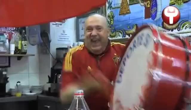 Watch and share Manolo El Del Bombo Explota Con El Gol Piqué GIFs on Gfycat