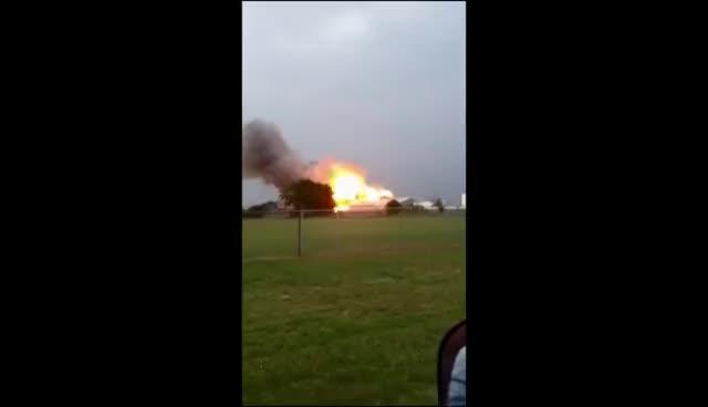 explosion, boom goes the fertilizer plant GIFs