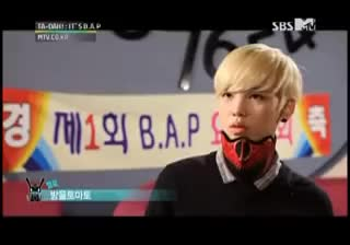Watch and share Zelo GIFs on Gfycat