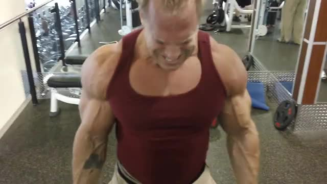 Watch and share Bruce Patterson - Cable Bicep Curls GIFs on Gfycat