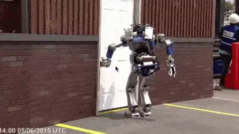 Watch and share Robot GIFs on Gfycat
