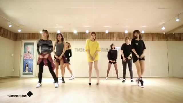 Watch Song Ji-Eun (SECRET) - Twenty-Five/25 - mirrored dance practice video - 송지은 예쁜 나이 25살 GIF by germsy on Gfycat. Discover more dance tutorial, performance version, practice video GIFs on Gfycat