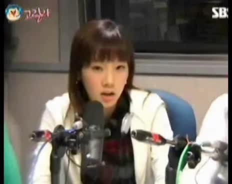 Generation, Girls, Girls\' Generation, SNSD, Taeyeon, Taeyeon Sneezing GIFs