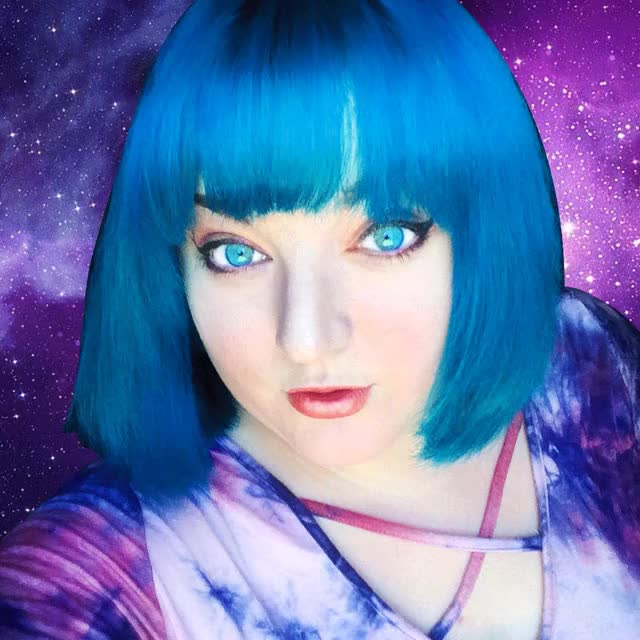 Watch Space Lizzy <3 GIF by @lexifer on Gfycat. Discover more related GIFs on Gfycat