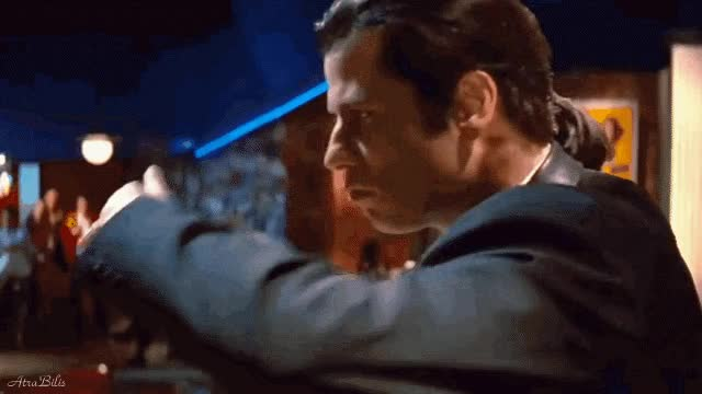 Watch and share Pulp Fiction Twist GIFs and John Travolta GIFs by AtraBilis on Gfycat