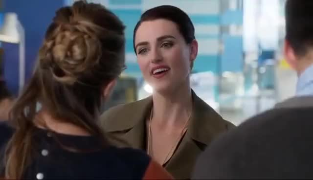 Watch and share Kara X Lena Luthor | Supergirl 2.05 GIFs on Gfycat