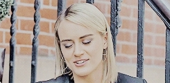 mine, oitnb, oitnb cast, oitnbedit, orange is the new black, taylor schilling, i could show you mildly amusing things GIFs