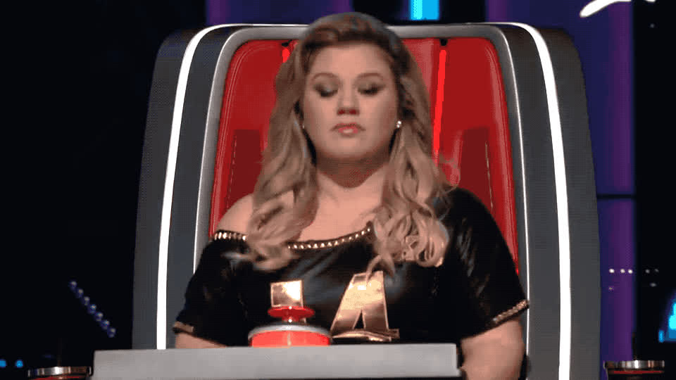 Clarkson, Kelly, amazing, audition, awesome, blind, god, great, my, no words, oh, omg, scream, skipper, stephanie, surprised, the, unbelievable, voice, yell, Kelly Clarkson - OMG GIFs