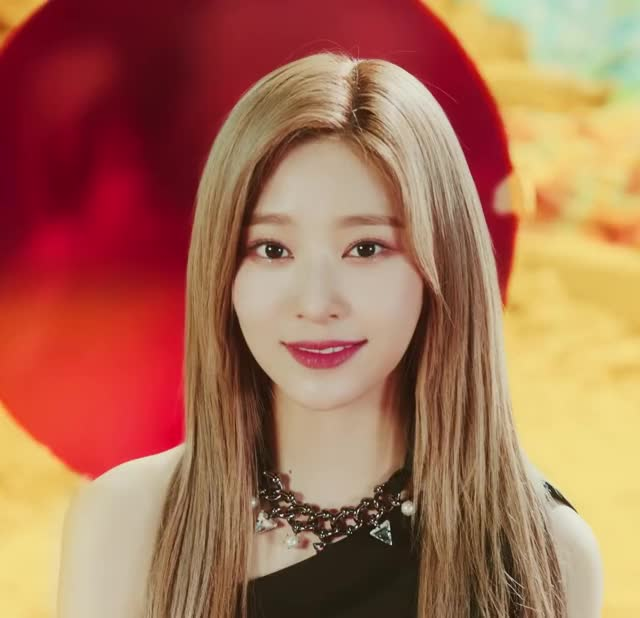 Watch and share Minjoo GIFs and Izone GIFs by Atlas of Stars on Gfycat