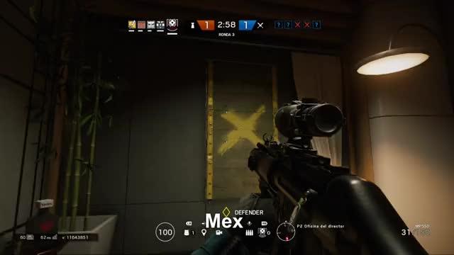 Watch Atrapando al ladron  GIF by Xbox DVR (@xboxdvr) on Gfycat. Discover more MEX THE M1K1, TomClancysRainbowSixSiege, xbox, xbox dvr, xbox one GIFs on Gfycat
