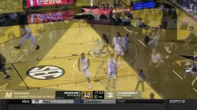 Watch Tilmon - Left Block - Left Shoulder - Left Hook 3 GIF on Gfycat. Discover more Barrett, Luka, Syracuse, Texas, anthony, carmelo, diallo, doncic, hamidou, jarred, kevin, knox, michael, mohamed, nick, porter, trae, vanderbilt, washington, young GIFs on Gfycat