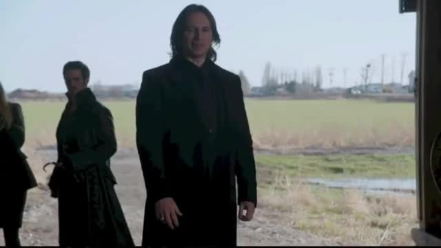 Watch Once Upon A Time 3x20 - Regina's Light Magic Defeats Zelena GIF on Gfycat. Discover more 3x20, Kansas, Regina, clip, robert carlyle, scene, zelena GIFs on Gfycat