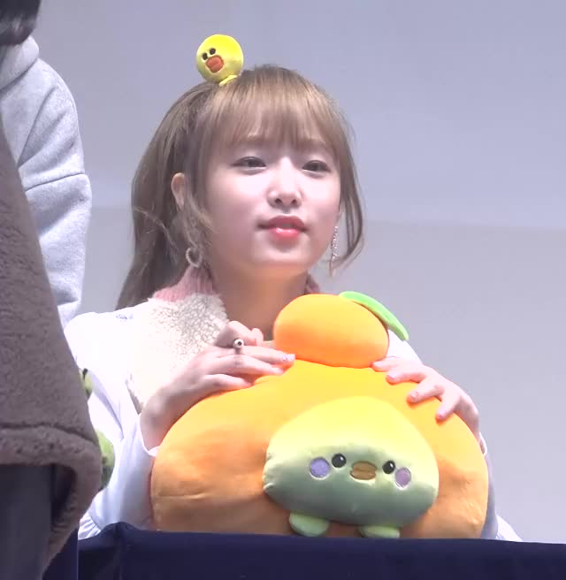Watch 181104 IZONE Yena - Fansign (3) GIF by My Gif Factory (@forever9diadem) on Gfycat. Discover more related GIFs on Gfycat