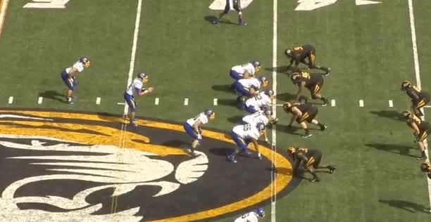 Watch and share Zenner V MIZZ: Patience & Vision To Find Hole, Protects Ball GIFs by eagles3217 on Gfycat