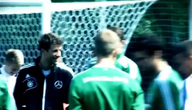 Watch Thomas Muller GIF on Gfycat. Discover more Germany, Muller, Soccer, Thomas GIFs on Gfycat
