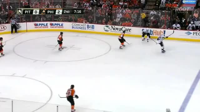 Watch 15PHI2PIT0GirouxHitMalking GIF by @lor-zod on Gfycat. Discover more hockey GIFs on Gfycat